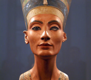 History Of Queen Nefertiti